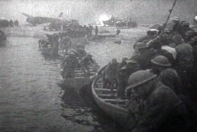 British troops  and lifeboats, Dunkirk